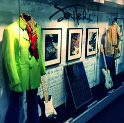 Jimi Hendrix Exhibit by Fender