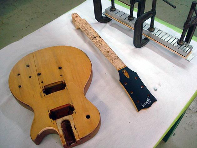 Gibson Repairs Keith Urban's Flood Damaged Guitar
