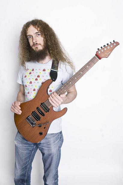 rotosound sponsors guthrie govan and alex hutchings master